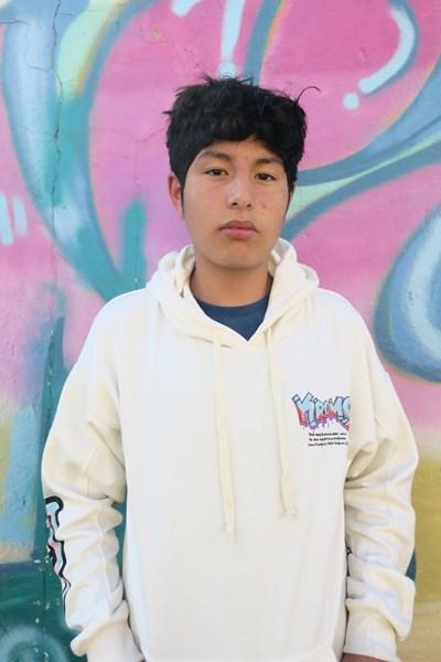 Ayude a Josue Alejandro apadrinándole hoy. El apadrinamiento es una experiencia hermosa y gratificante.