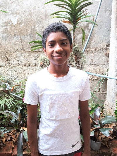 Help Alexis Johao by becoming a child sponsor. Sponsoring a child is a rewarding and heartwarming experience.