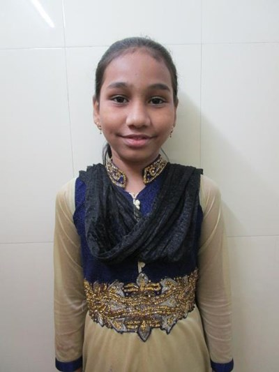 Help Farin by becoming a child sponsor. Sponsoring a child is a rewarding and heartwarming experience.