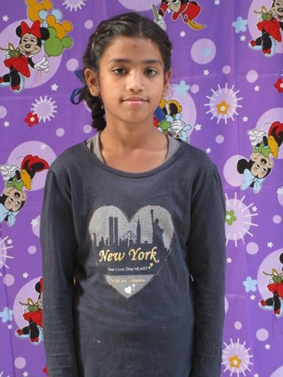 Help Neelofar by becoming a child sponsor. Sponsoring a child is a rewarding and heartwarming experience.