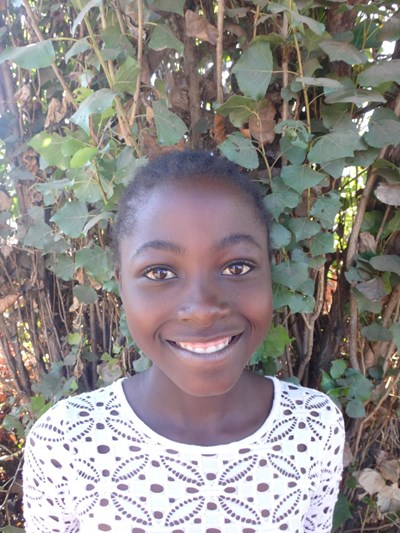 Help Theresa by becoming a child sponsor. Sponsoring a child is a rewarding and heartwarming experience.