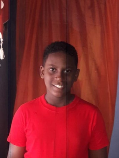 Help Jorge Enmanuel by becoming a child sponsor. Sponsoring a child is a rewarding and heartwarming experience.