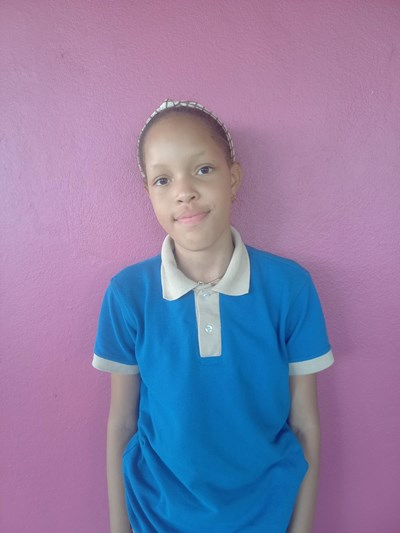 Help Sheila Del Carmen by becoming a child sponsor. Sponsoring a child is a rewarding and heartwarming experience.