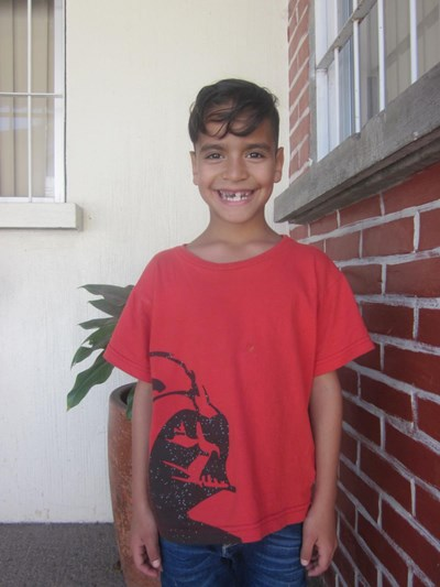 Help Alan Ramón by becoming a child sponsor. Sponsoring a child is a rewarding and heartwarming experience.
