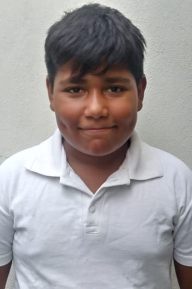 Help Edgar by becoming a child sponsor. Sponsoring a child is a rewarding and heartwarming experience.
