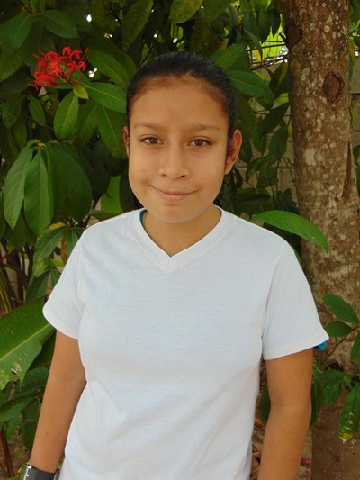 Help Alba Luz by becoming a child sponsor. Sponsoring a child is a rewarding and heartwarming experience.