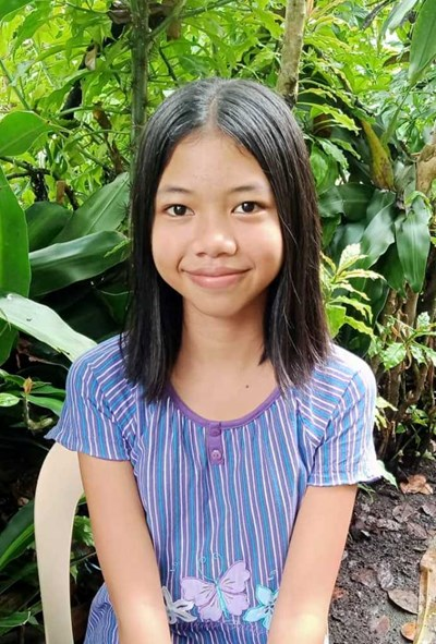 Help Jesica Balunso by becoming a child sponsor. Sponsoring a child is a rewarding and heartwarming experience.