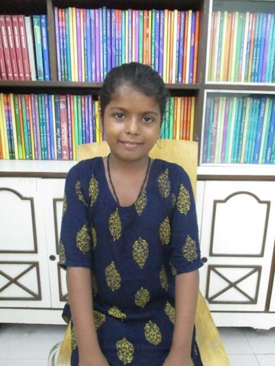 Help Ladly by becoming a child sponsor. Sponsoring a child is a rewarding and heartwarming experience.