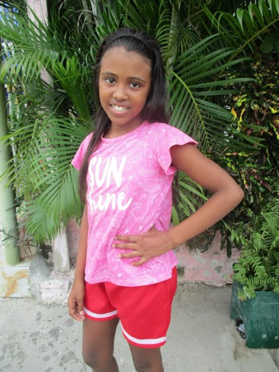 Help Evelyn Paola by becoming a child sponsor. Sponsoring a child is a rewarding and heartwarming experience.