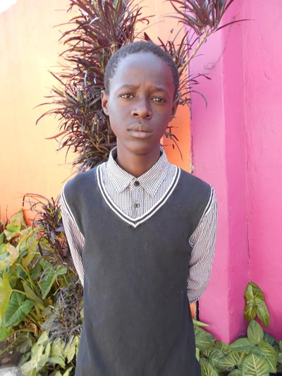 Help Mwamba by becoming a child sponsor. Sponsoring a child is a rewarding and heartwarming experience.