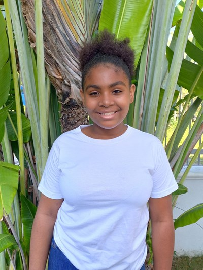 Help Alanna Michel by becoming a child sponsor. Sponsoring a child is a rewarding and heartwarming experience.