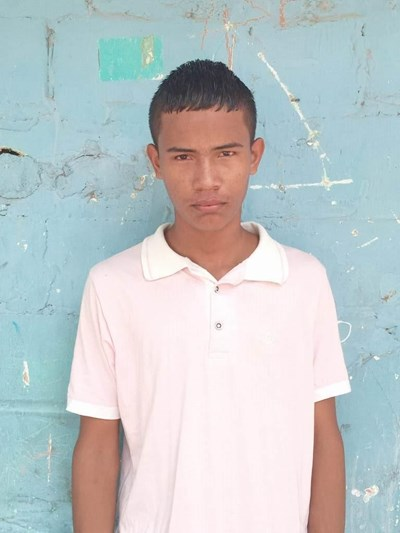 Help Jimmi Jesus by becoming a child sponsor. Sponsoring a child is a rewarding and heartwarming experience.