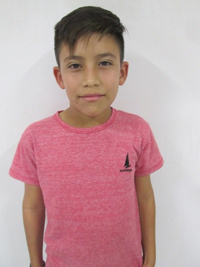 Help Edson Yahir by becoming a child sponsor. Sponsoring a child is a rewarding and heartwarming experience.