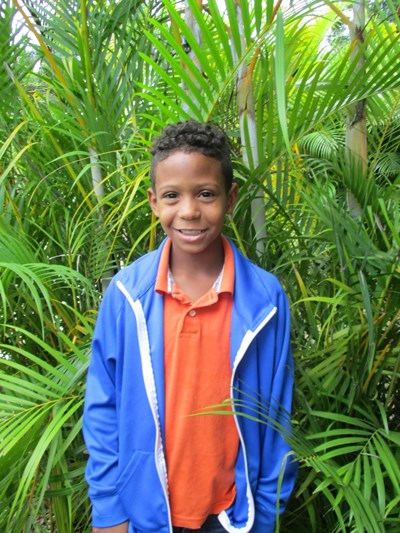 Help Franiel Jose by becoming a child sponsor. Sponsoring a child is a rewarding and heartwarming experience.