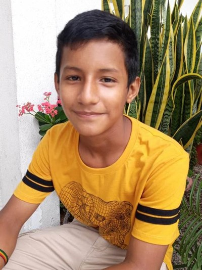 Help Eddy Emanuel by becoming a child sponsor. Sponsoring a child is a rewarding and heartwarming experience.