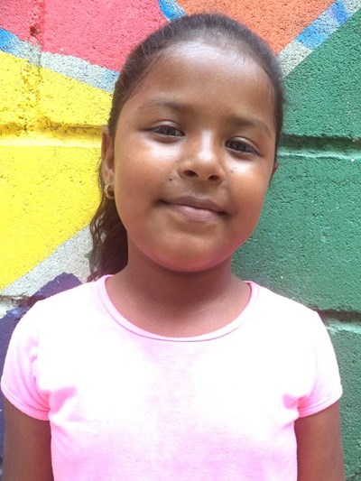 Help Yasiris by becoming a child sponsor. Sponsoring a child is a rewarding and heartwarming experience.