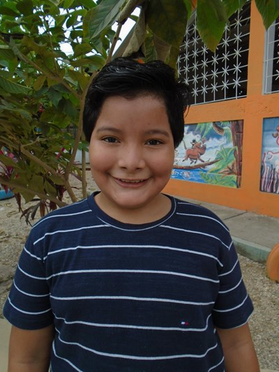 Help Jhipson Elian by becoming a child sponsor. Sponsoring a child is a rewarding and heartwarming experience.
