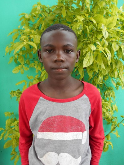 Help Philison by becoming a child sponsor. Sponsoring a child is a rewarding and heartwarming experience.