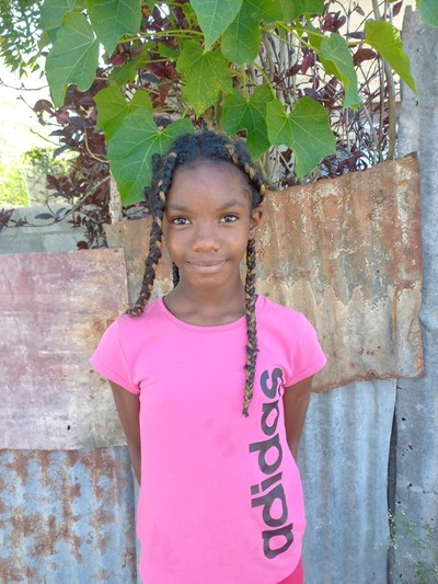 Help Wendy Rachel by becoming a child sponsor. Sponsoring a child is a rewarding and heartwarming experience.