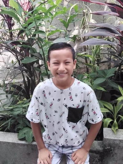 Help Jerson Gonzalo by becoming a child sponsor. Sponsoring a child is a rewarding and heartwarming experience.