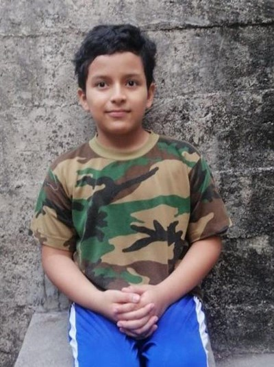 Help Luis Nehemias by becoming a child sponsor. Sponsoring a child is a rewarding and heartwarming experience.