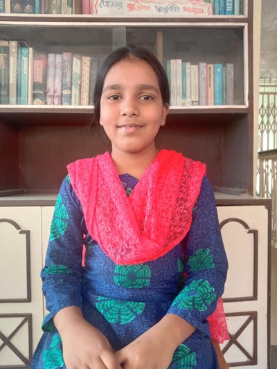 Help Mahawis Jammal by becoming a child sponsor. Sponsoring a child is a rewarding and heartwarming experience.