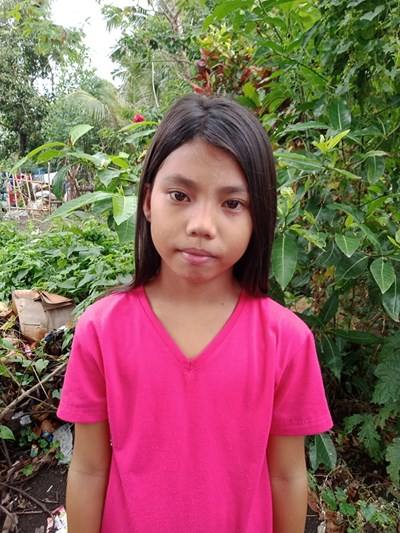 Help Renalyn G. by becoming a child sponsor. Sponsoring a child is a rewarding and heartwarming experience.