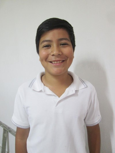 Help Daniel by becoming a child sponsor. Sponsoring a child is a rewarding and heartwarming experience.
