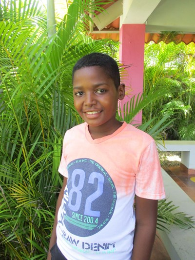 Help Railin Duarte by becoming a child sponsor. Sponsoring a child is a rewarding and heartwarming experience.