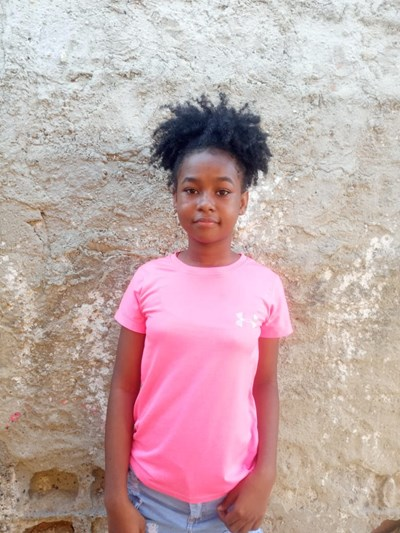 Help Keidys Johana by becoming a child sponsor. Sponsoring a child is a rewarding and heartwarming experience.