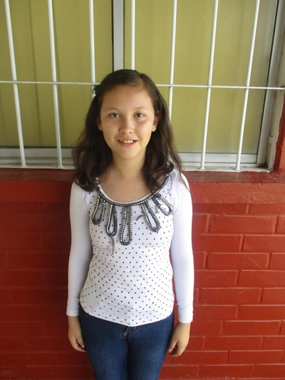 Help Yareli Carolina by becoming a child sponsor. Sponsoring a child is a rewarding and heartwarming experience.
