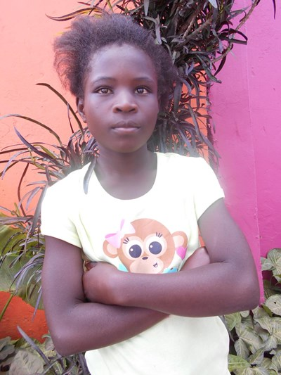 Help Mary by becoming a child sponsor. Sponsoring a child is a rewarding and heartwarming experience.