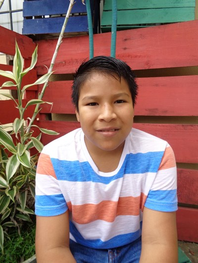 Help Michael Andres by becoming a child sponsor. Sponsoring a child is a rewarding and heartwarming experience.