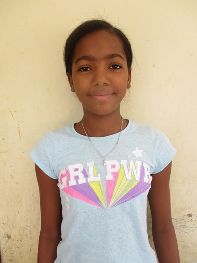 Help Yasmindri by becoming a child sponsor. Sponsoring a child is a rewarding and heartwarming experience.