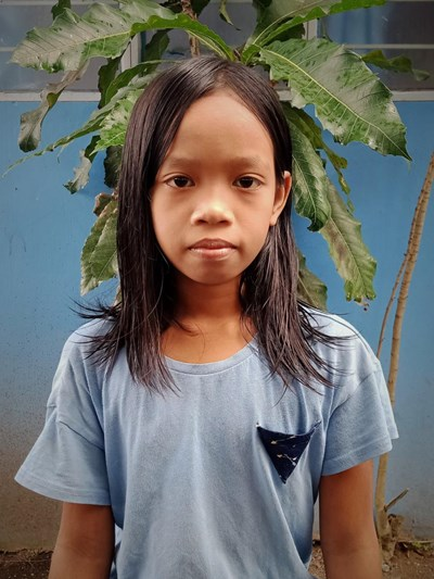 Help Aira May L. by becoming a child sponsor. Sponsoring a child is a rewarding and heartwarming experience.