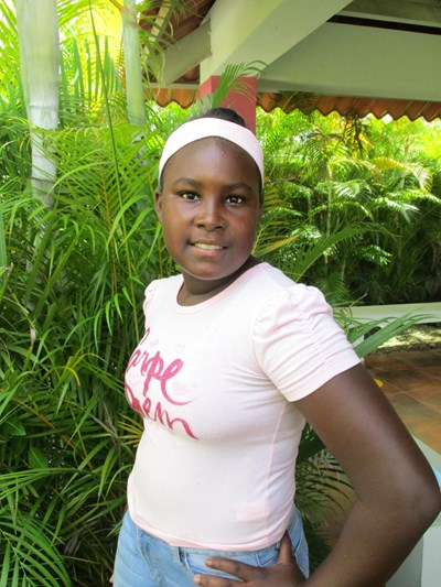 Help Maria Angela by becoming a child sponsor. Sponsoring a child is a rewarding and heartwarming experience.