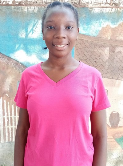 Help Elvia Enid by becoming a child sponsor. Sponsoring a child is a rewarding and heartwarming experience.