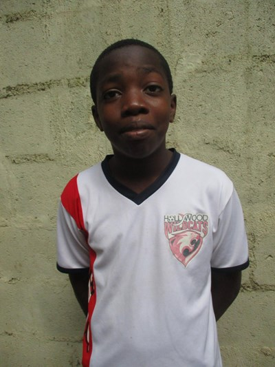 Help Alex by becoming a child sponsor. Sponsoring a child is a rewarding and heartwarming experience.