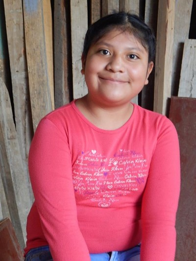 Help Flori Dayana by becoming a child sponsor. Sponsoring a child is a rewarding and heartwarming experience.