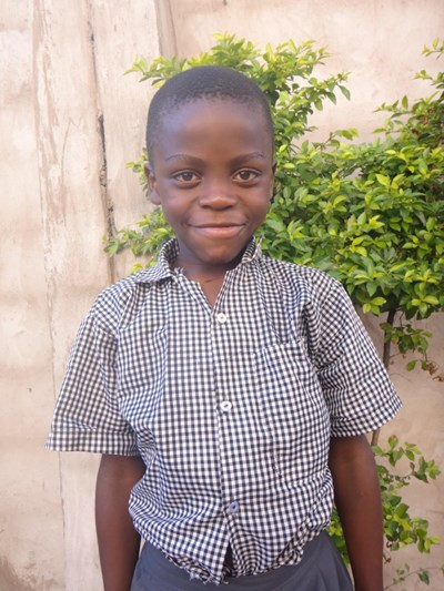 Help Fortune by becoming a child sponsor. Sponsoring a child is a rewarding and heartwarming experience.