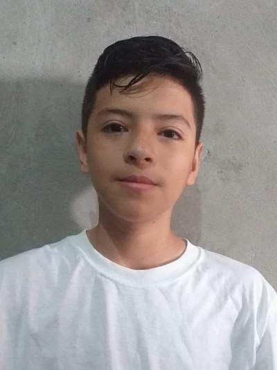 Help Anderson Fabian by becoming a child sponsor. Sponsoring a child is a rewarding and heartwarming experience.
