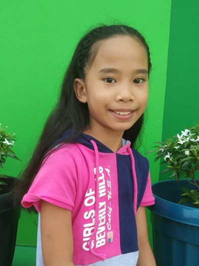 Help Julie Jay A. by becoming a child sponsor. Sponsoring a child is a rewarding and heartwarming experience.