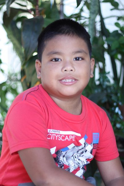 Help Kris Iantroy M. by becoming a child sponsor. Sponsoring a child is a rewarding and heartwarming experience.