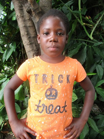 Help Lisa by becoming a child sponsor. Sponsoring a child is a rewarding and heartwarming experience.