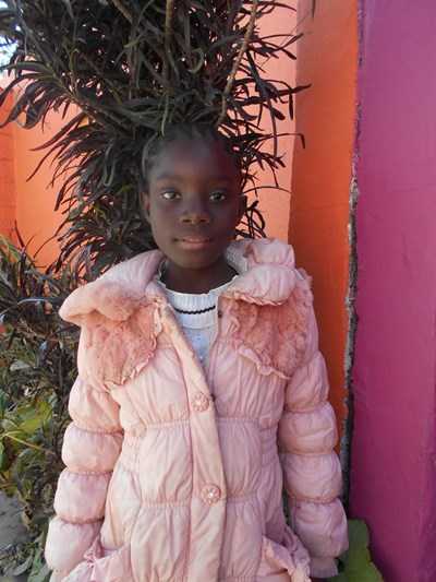 Help Lister by becoming a child sponsor. Sponsoring a child is a rewarding and heartwarming experience.