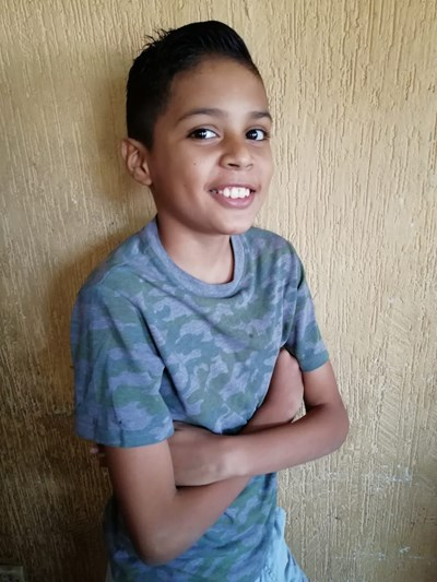 Help Santiago Karet by becoming a child sponsor. Sponsoring a child is a rewarding and heartwarming experience.