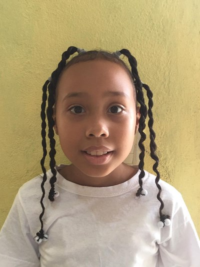 Help Jade Mariel by becoming a child sponsor. Sponsoring a child is a rewarding and heartwarming experience.