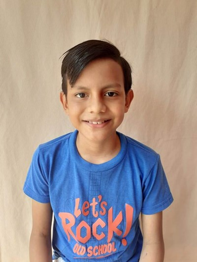 Help William Mathias by becoming a child sponsor. Sponsoring a child is a rewarding and heartwarming experience.