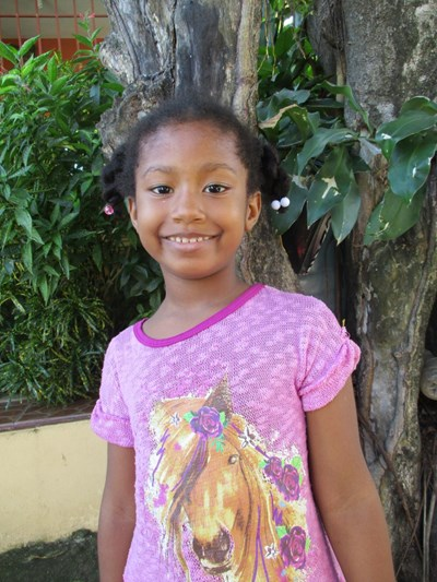 Help Carla Yosmairy by becoming a child sponsor. Sponsoring a child is a rewarding and heartwarming experience.