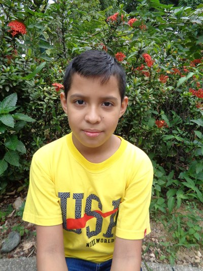 Help Adonis Lenin by becoming a child sponsor. Sponsoring a child is a rewarding and heartwarming experience.